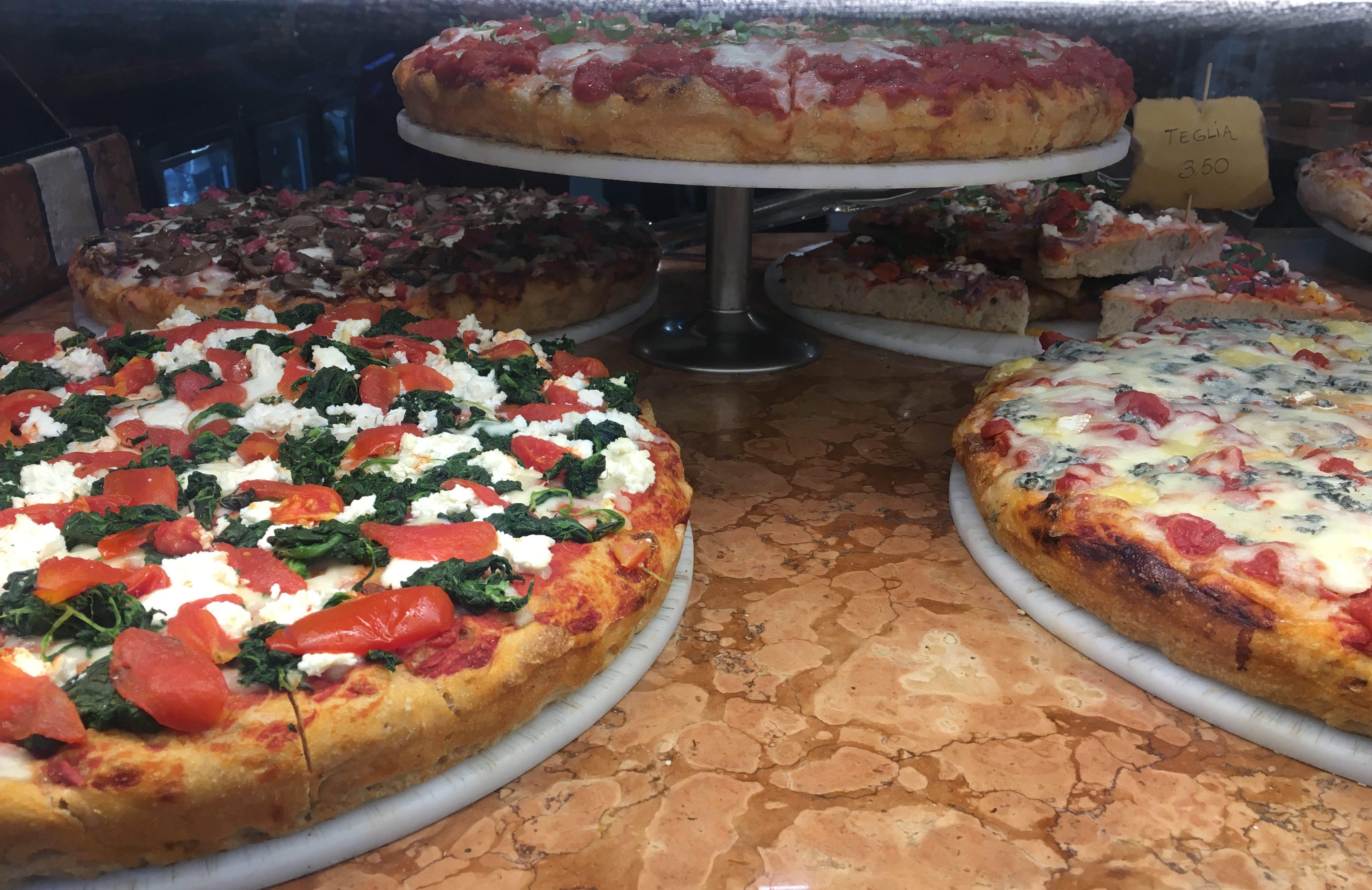 Venedik'te lokal bir pizzacı