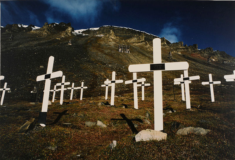 Dünyanın en kuzeydeki mezarlığı Longyearbyen, Svalbard