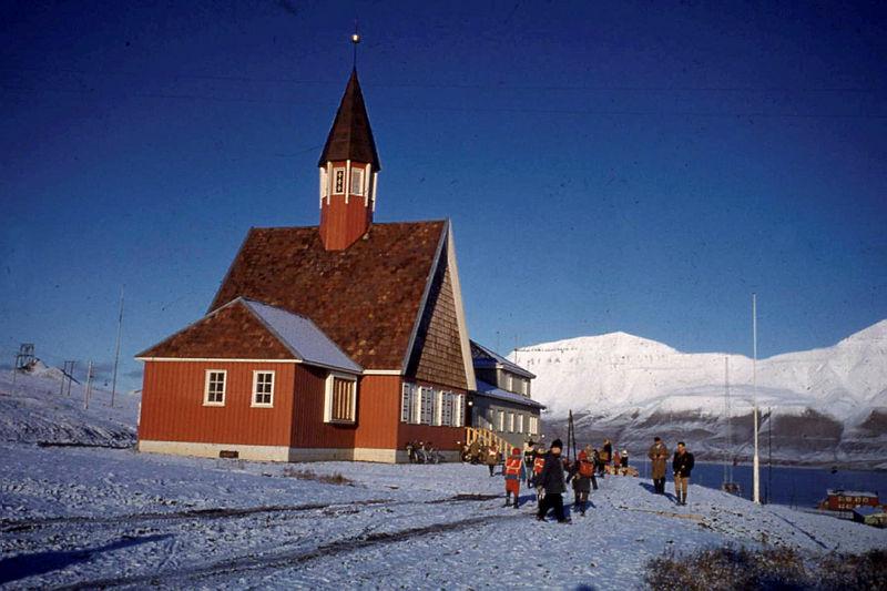 Dünyanın en kuzeyindeki kilise, Longyearbyen, Svalbard