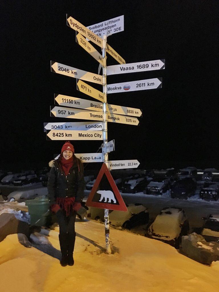 Svalbard, Longyearbyen dünya şehirleri mesafe tabelası
