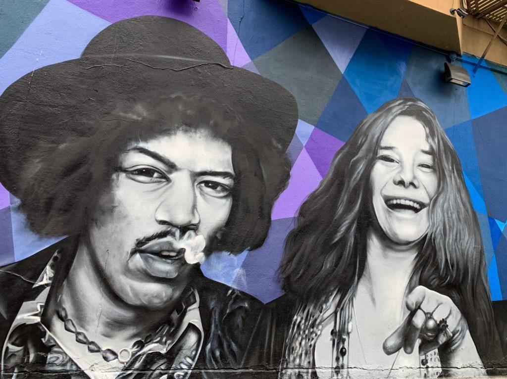 Haight-Ashbury duvarlarında Jimi Hendrix ve Janis Joplin