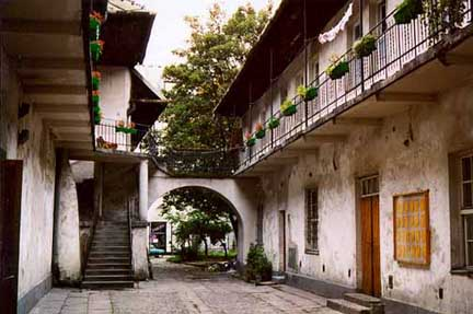 Schindler's List filminde yer alan merdivenli ev, Kazimierz, Krakow